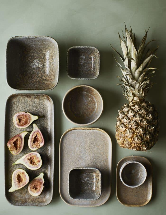 Madam Stoltz Stoneware Platter, Taupe